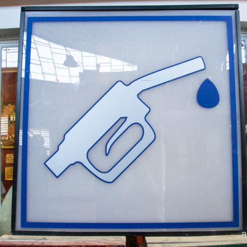 Insegna benzinaio