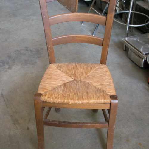 Sedia in legno per ristorante
