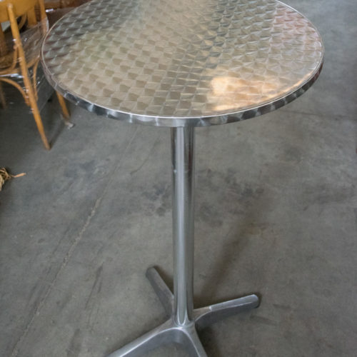 Tavolo bar in acciaio alto