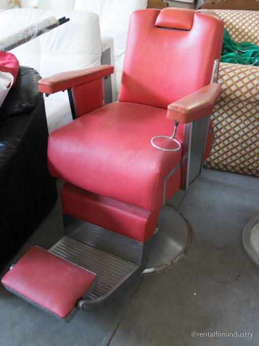 Sedia rossa per barbiere anni '60