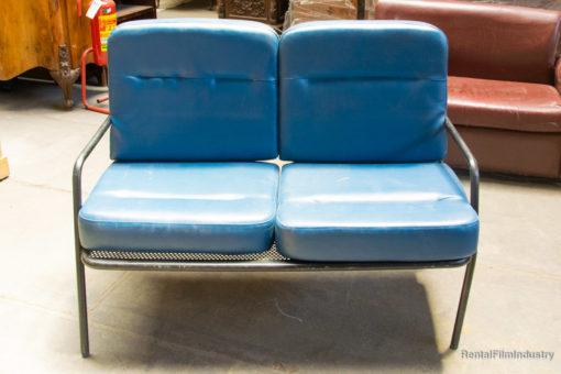 Divanetto azzurro sala d'attesa doppio