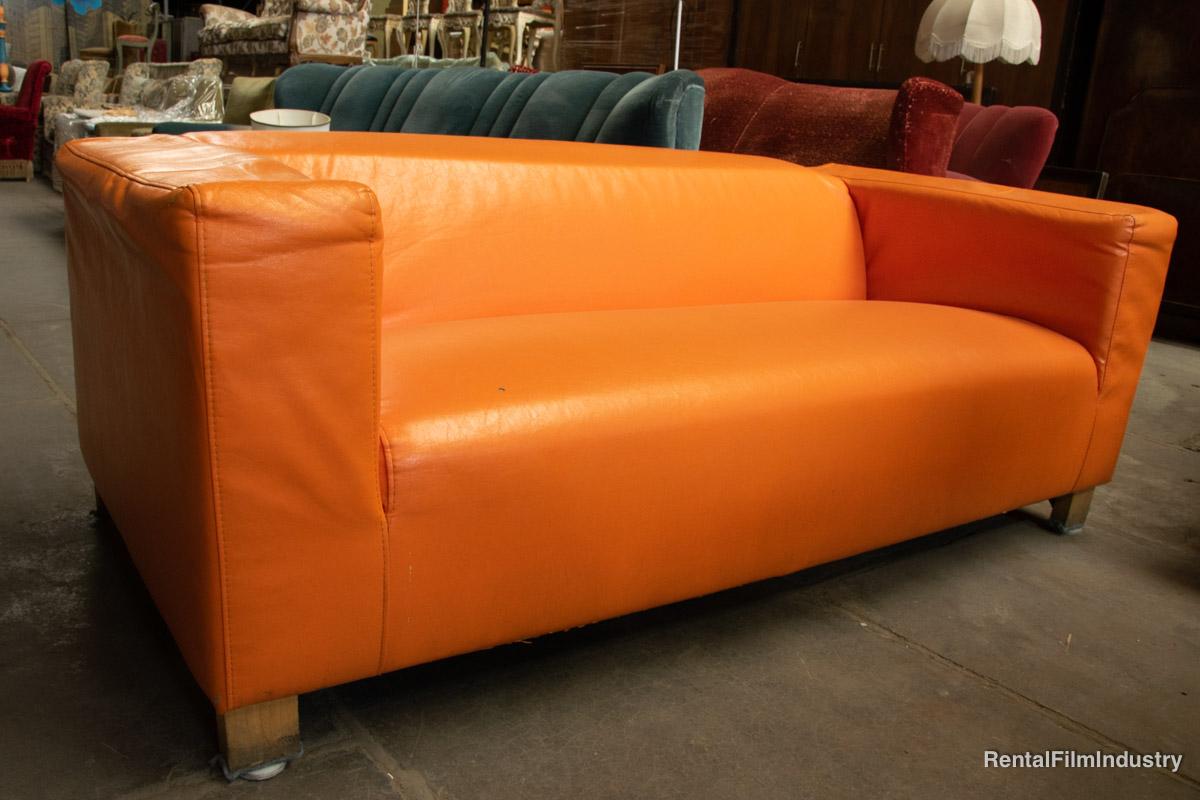 Divano Pelle Arancione : Divano moderno in pelle rental film industry