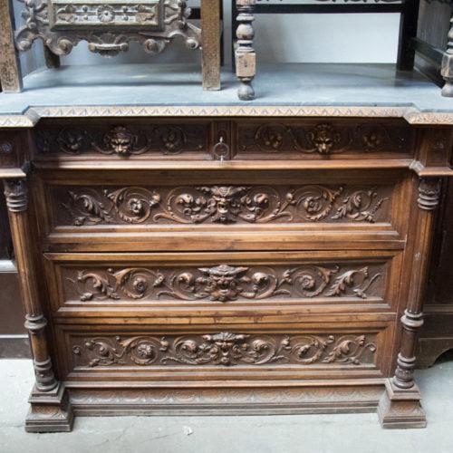 Cassettiera rinascimentale in legno