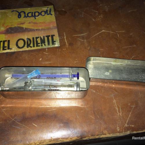 Astuccio per siringa di insulina in metallo