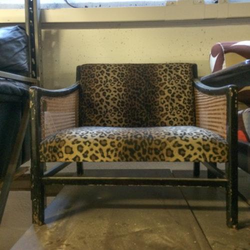 Poltrona leopardata anni '60