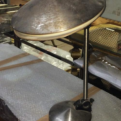 Lampada da tavolo in acciaio vintage