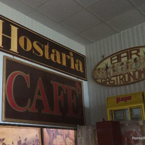 Insegne varie da caffetteria vintage