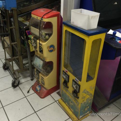 Distributori da bar e sala giochi