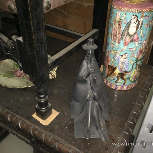 Statuetta soprammobile fumatore vintage