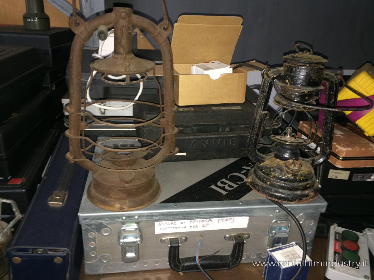 Lampade Ad Olio Per Esterni : Lampade ad olio da esterno vintage rental film industry
