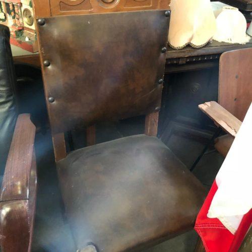 Sedia legno e cuoio vintage