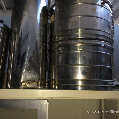 Barili e cestini in acciaio