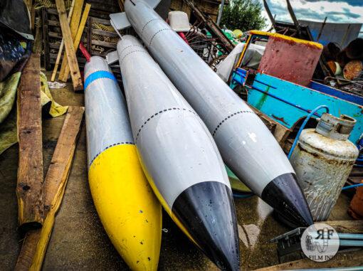 Siluri e missili per scenografie